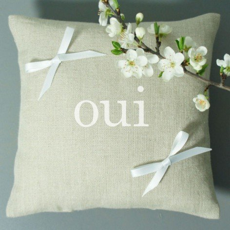 "coussin alliance inscription ""oui"""
