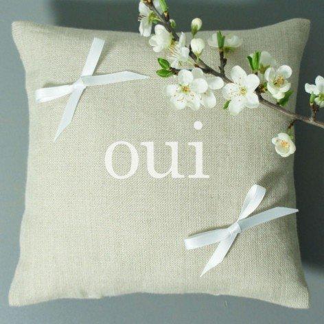 "coussin alliance inscription ""oui"""