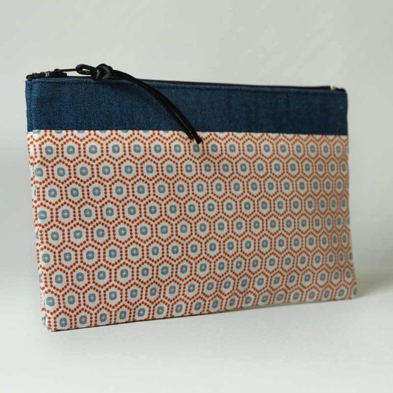 pochette-tissu-géométrique-lin-bleu