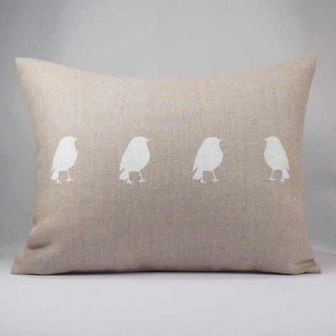Coussin en lin naturel avec 4 oiseaux blancs