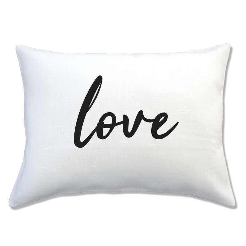 coussin lin inscription LOVE