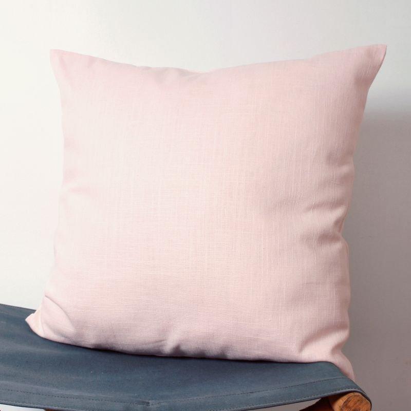 housse de coussin en lin rose p le. Black Bedroom Furniture Sets. Home Design Ideas