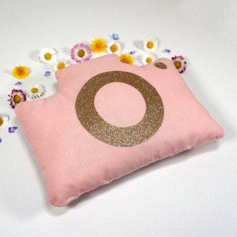 Coussin décoration chambre fille, appareil photo rose