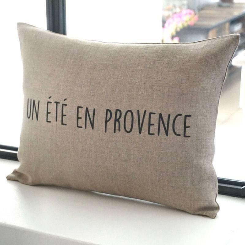 Coussin fait main en lin inscription Un été en Provence