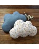 Coussin nuage bébé et enfant imprimé fleurs