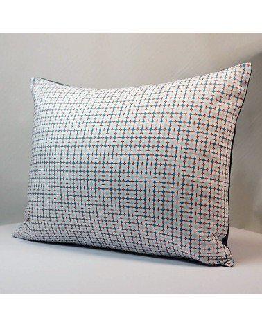 Coussin géométrique chambre enfant bleu blanc rouge