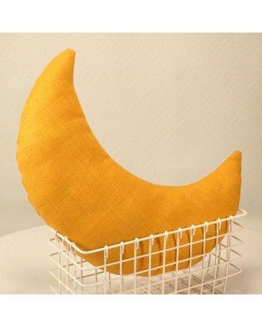 Coussin lune en lin moutarde pour chambre enfant