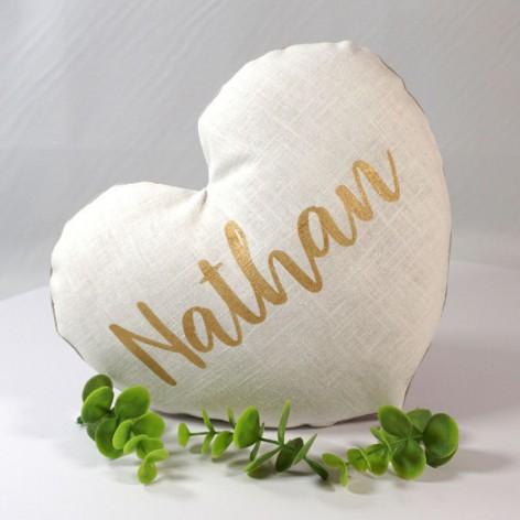 Coussin chambre bébé en forme de coeur personnalisé, saint valentin